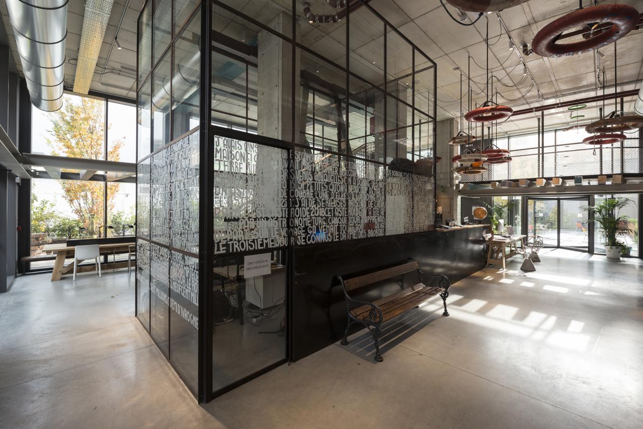 Design di interni metamorphosi104 studio di architettura for Interni architettura